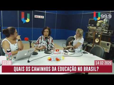 Presidente da CNTE, Heleno Araújo, participa do programa de rádio Fora da Curva - UFPE