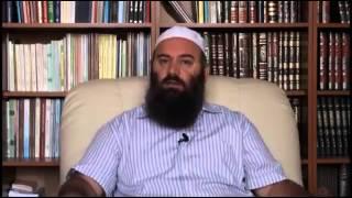8. Mos u shaj, je agjërueshëm - Hoxhë Bekir Halimi (Iftari)