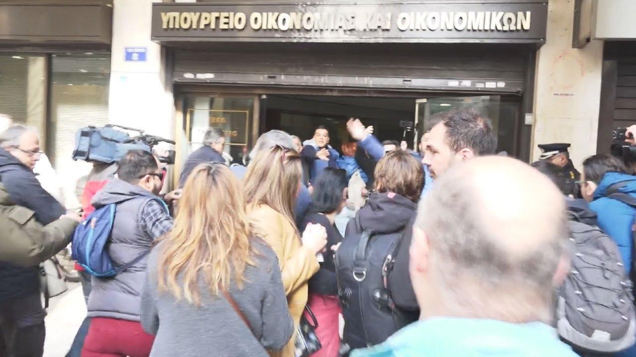 ΠΟΕ-ΟΤΑ: 24ωρη απεργία στους δήμους και συγκέντρωση διαμαρτυρίας