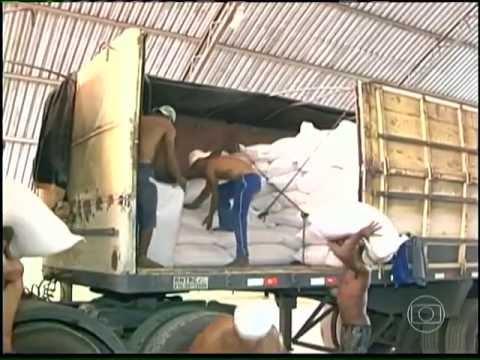 Tv São Francisco grava em Chorrochó sobre a seca e o Balcão do Milho
