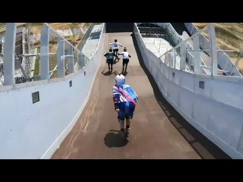 Skateboarding: Erstes Skate-Cross-Abfahrtsrennen in Moskau
