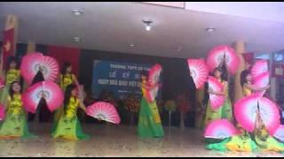 Múa Quạt Việt - 12A11 - THPT Cổ Loa - Đông Anh - Hà Nội