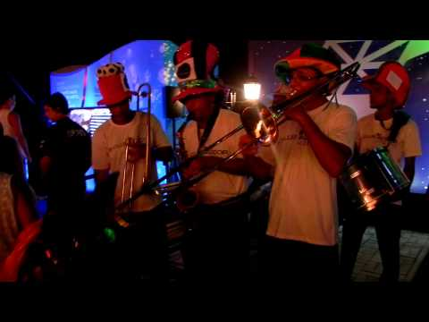 Fanfarra de Edd Bala no Camarote Salvador 2013