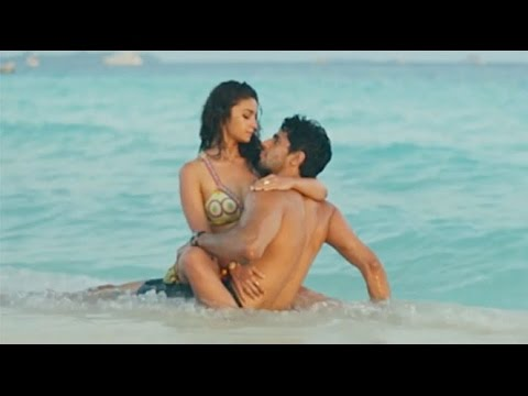 Alia Bhatt All Kissing Scenes 2016 HD