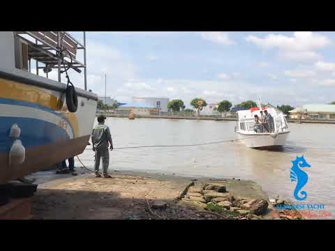 Cty TNHH Du Thuyền Ngựa Biển - Hạ thủy Tàu 24 khách_S48