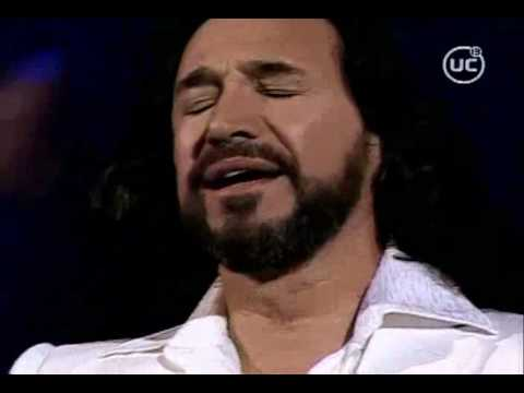 Marco - Marco Antonio Solis cantando en vivo las canciones 