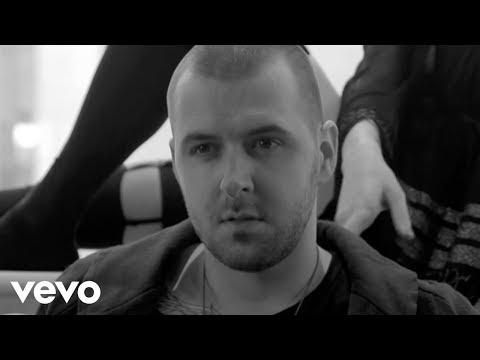 Grzegorz Hyży & TABB - Wstaję tekst piosenki