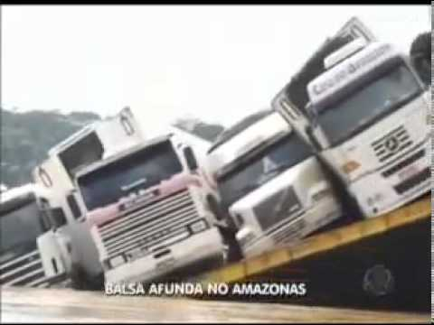 BALSA COM CARRETAS TOMBA E AFUNDA 04 CARRETAS NO AMAZONAS