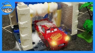 Video Disney Lightning McQueen car toys. Shall we wash the car toys in the car wash? MP3, 3GP, MP4, WEBM, AVI, FLV Agustus 2018