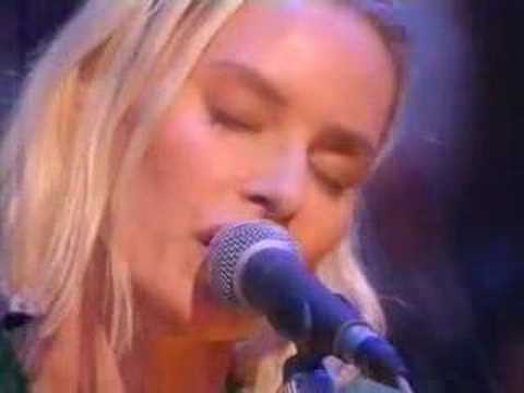 Tekst piosenki Aimee Mann - Choice In The Matter po polsku