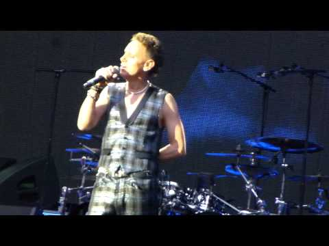 Depeche mode - Depeche Mode Stade de France Paris JUDAS Martin Gore 15-06-2013 (HD)