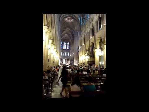 Notre Dame de Paris thunderous organ music!
