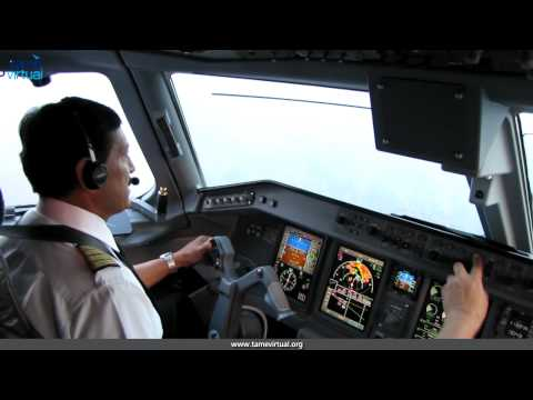 Flight Quito Loja Ecuador Embraer 190 Tame - HD