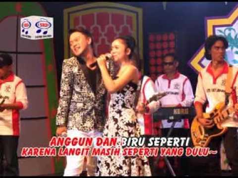 Video Lesti DA1 feat Danang DA2  Birunya Cinta (Official Music Video) download in MP3, 3GP, MP4, WEBM, AVI, FLV January 2017