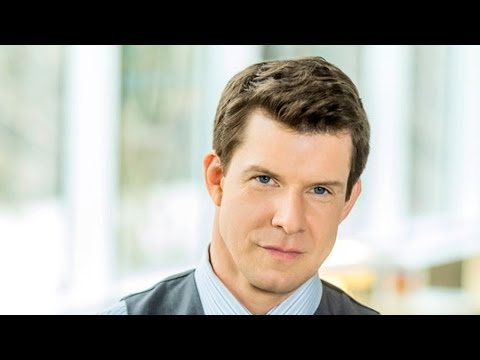 Hallmark Channel - Meet the Team of 'Signed, Sealed, Delivered' -- Eric Mabius