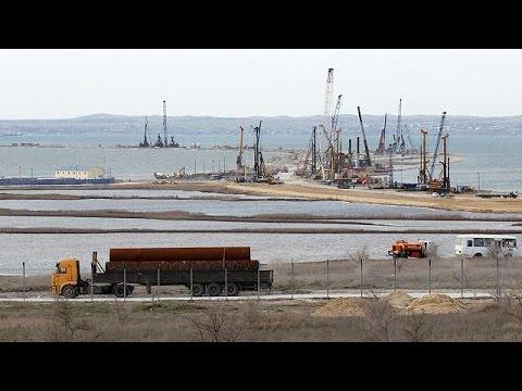 Καθυστέρηση στην κατασκευή της γέφυρας που ενώνει την Κριμαία με τη Ρωσία