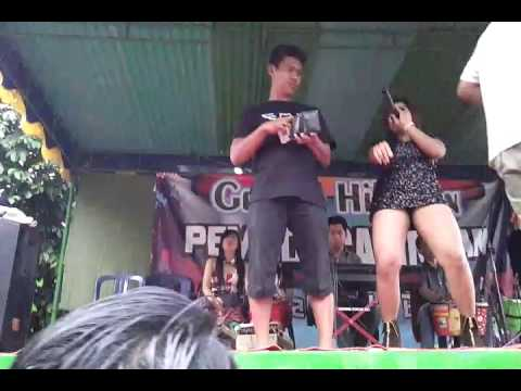Video Dangdut hot  SAWER pamer cawet TAK TUNGGU BALIMU download in MP3, 3GP, MP4, WEBM, AVI, FLV January 2017