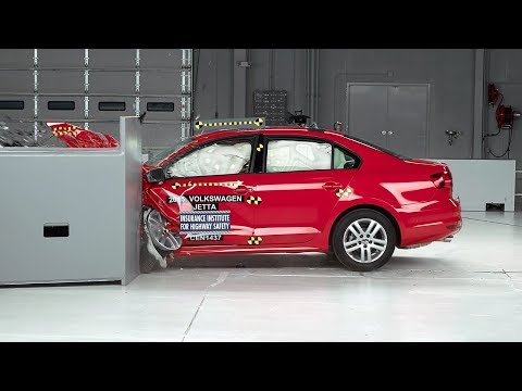 Yeni VW Jetta &#199arp&#305&#351ma Testi