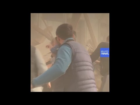 Terremoto di magnitudo 6.4 in Croazia: le prime immagini dall'epicentro, Petrinja видео