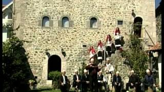 Muzikë Folklorike Junik - Xhirim Në Kullë Pj.03