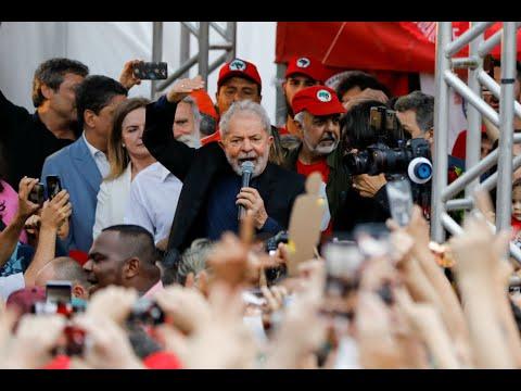 Βραζιλία: Αποφυλακίστηκε ο πρώην πρόεδρος Λούλα ντα Σίλβα…