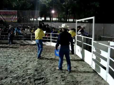 Jaguariúna Rodeo Festival 2009 - Montaria em carneiros