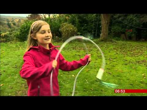 Alma Deutscher   BBC  Breakfast  17 Nov 2015 - Ten-year-old prodigy