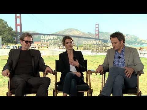 Generic Interview Jason Clarke,  Gary Oldman & Keri Russell - Interview Generic Interview Jason Clarke,  Gary Oldman & Keri Russell (English)