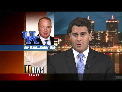 Sports Newscaster Fits 41 Seinfeld References Into a 5-Minute Broadcast