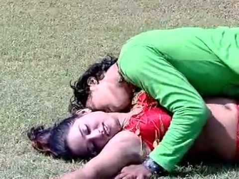 Video Ghus Gail Fas Gail Adas Gail Ho | Bhojpuri New Hot Romantic Song download in MP3, 3GP, MP4, WEBM, AVI, FLV January 2017