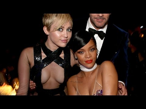 miley - 13 Pop Stars Who Dated Rappers ▻▻ http://youtu.be/nL6tQUUkjGA More Celebrity News ▻▻ http://bit.ly/SubClevverNews Miley and Riri showed up to a charity black tie party looking like...