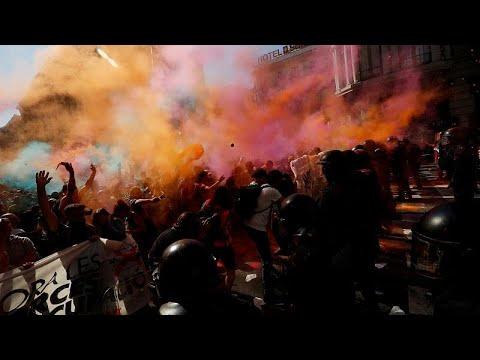 Demonstranten in Barcelona: Gewaltsame Zusamme ...