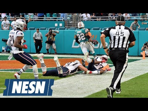 Video: How social media reacted to the final play of Patriots-Dolphins