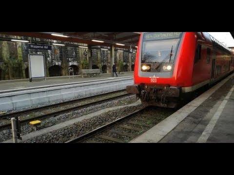 Drama in Wuppertal: Mann springt mit fremdem Kind vor Z ...
