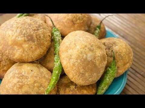 Khasta Kachori Recipe | Halwai Style Moong Dal Khasta Kachori Recipe