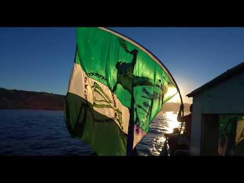 Vista del banderazo en lancha Maritza II - Los Panzers - Santiago Wanderers
