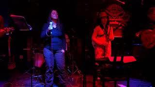Video Mari K. - Park, D. B. @ Modrá Vopice, SmyslFest, 3. 5. 2019
