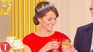 Video 20 Crazy Things That Will Happen If Kate Middleton Becomes Queen MP3, 3GP, MP4, WEBM, AVI, FLV Juni 2018