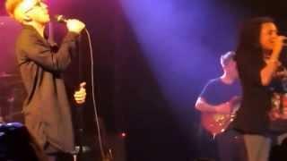 Daley ft. Marsha Ambrosius - Alone  ( Live )