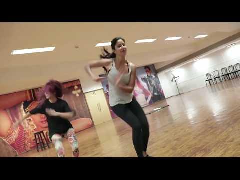 Katrina Kaif dance practice on Suraiyya song