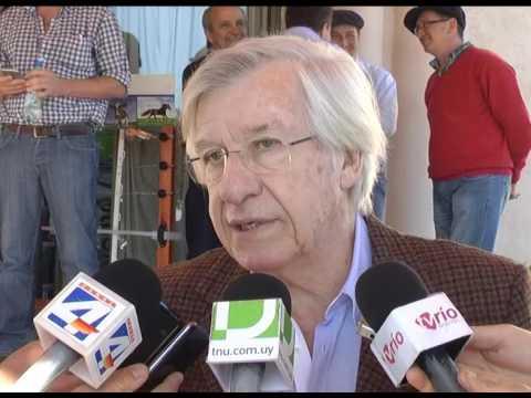 Ministro Astori disertó en la 18ª Jornada de la Unidad de Producción Intensiva de Carne en Paysandú