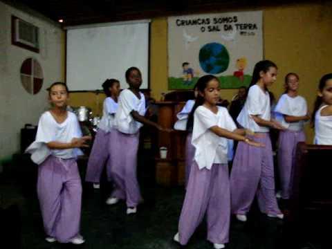 Coreografia da  festividade das crianças - IMW em Marco Sete