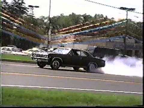 Chevelle shows off with street burnout