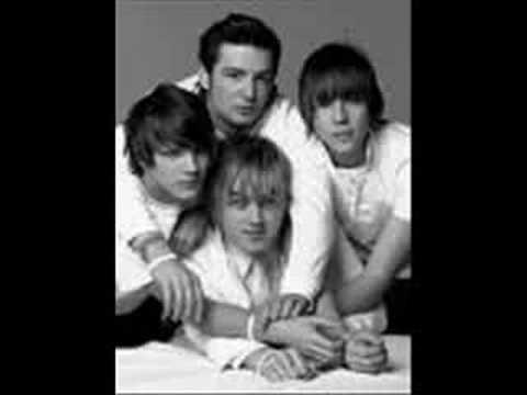 Tekst piosenki McFly - POV po polsku