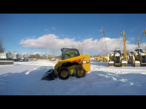 CATERPILLAR SKID STEER LOADERS 236D equipment video Gug98ve2eUM