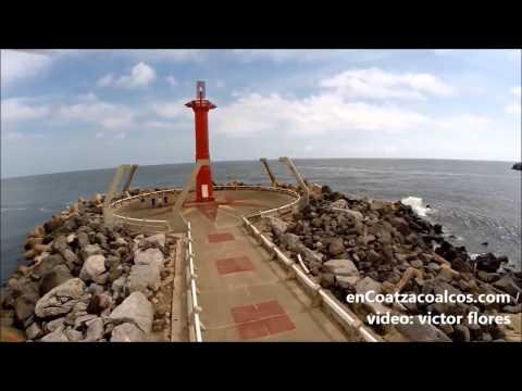 GRABAN ESPECTACULAR VIDEO DEL FARO DE LAS ESCOLLERAS EN COATZACOALCOS