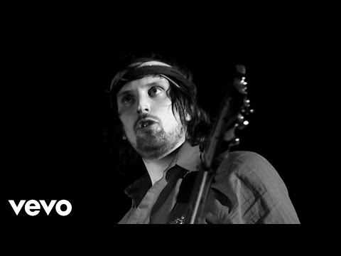 Kasabian - Underdog lyrics