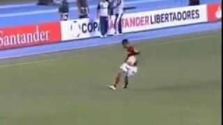 Feb 4, 2012 ... Gol de Ronaldinho Flamengo x Real Potosi Copa Libertadores 2012 ... 2x0 Real nPotosí - 2012 - Taça Libertadores 2012 Fase Preliminar...
