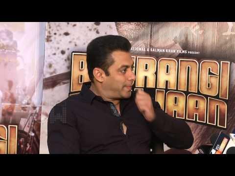 Salman Khan Celebrates Eid With Fans & Media