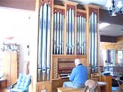 2002 Chapel pipe organ